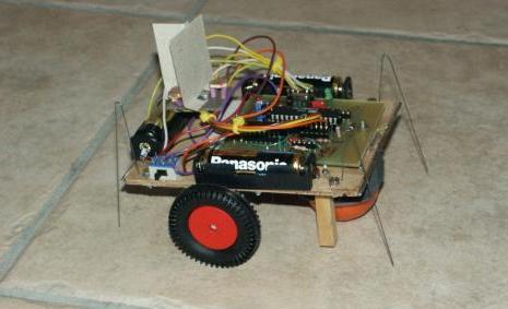 ROBOT FOTOFILO - perseguidor de luz 2 297_robotfinal
